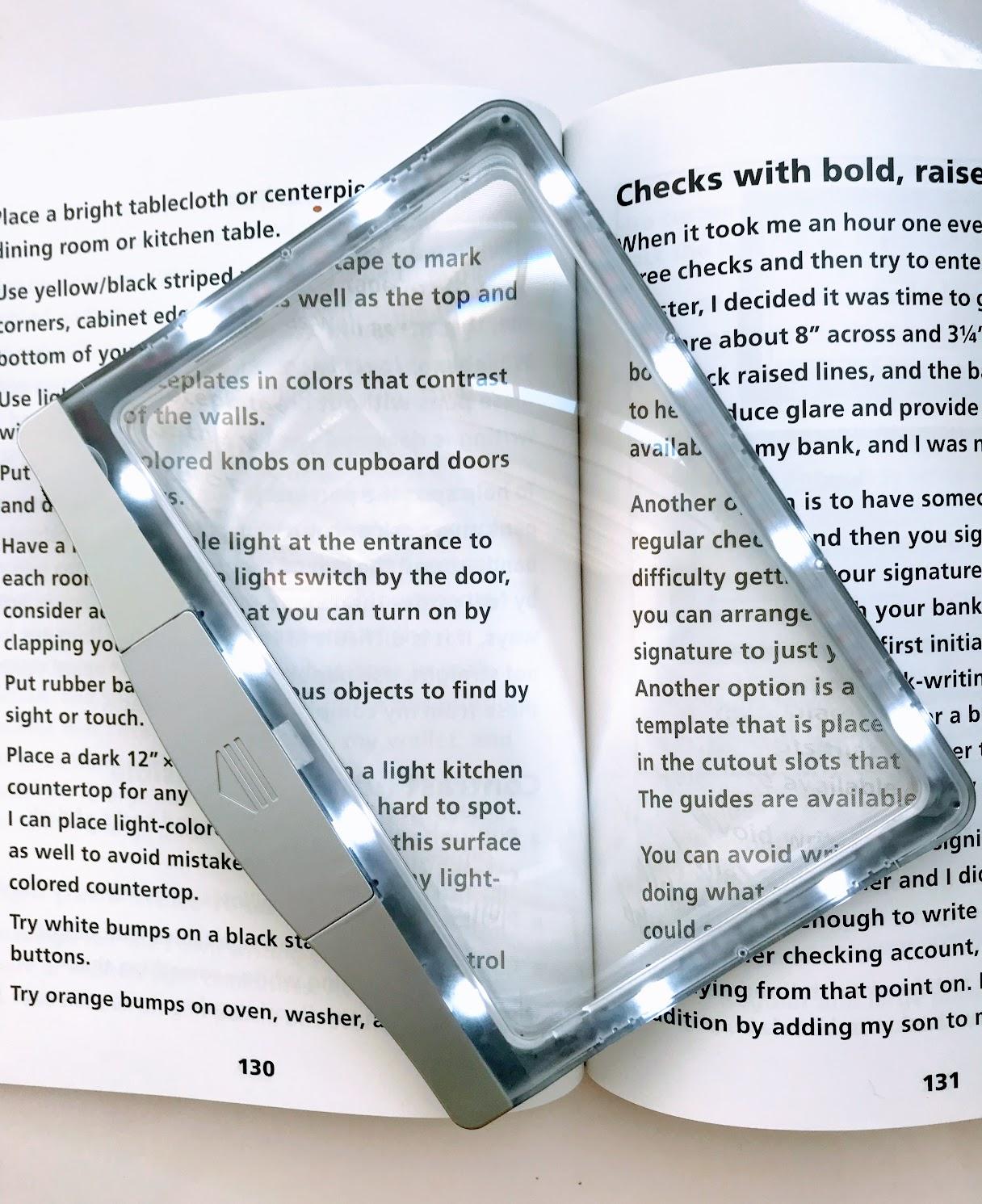 light up book magnifier