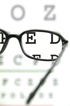 macular degeneration specialist