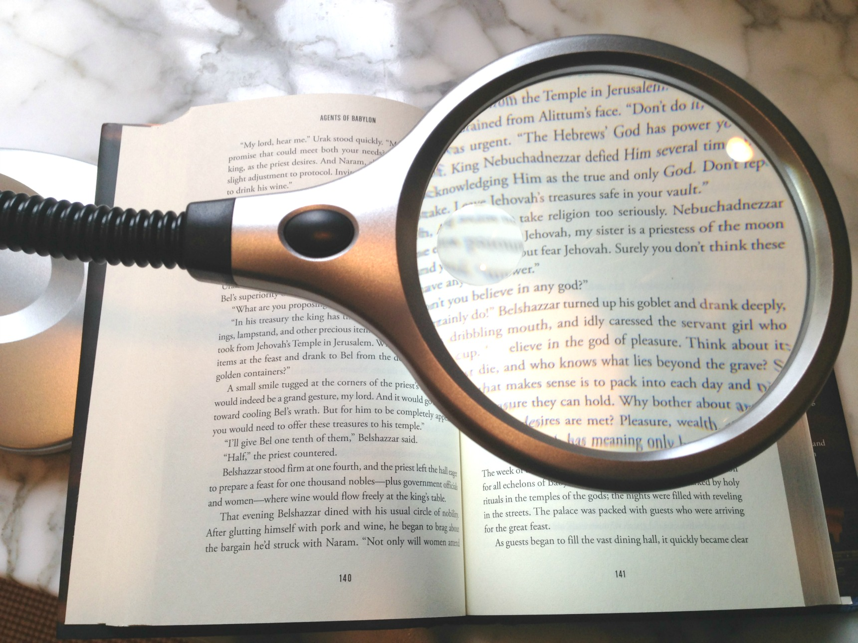 low vision aids for reading