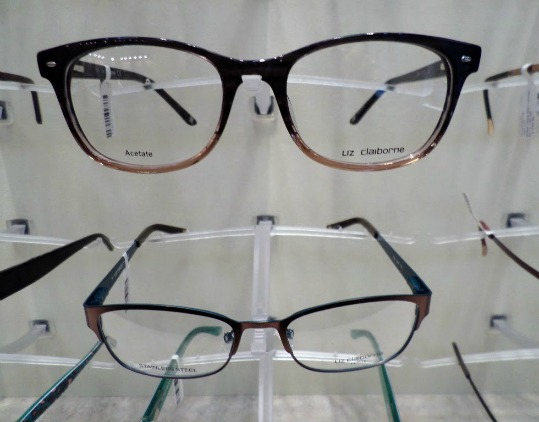 ophthalmologist optometrist and optician
