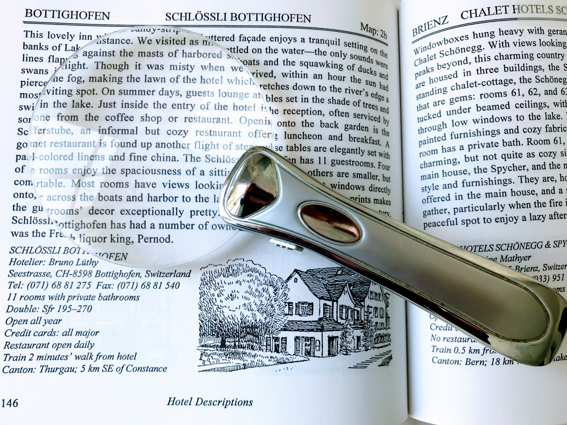 rimless magnifying glass with light