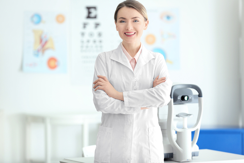 ophthalmologist vs optometrist